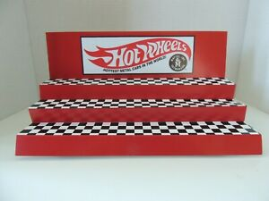 Hot Wheels Display for Hot Wheels cars and truck / Display Red