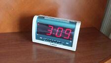 TIMEX AM/FM ALARM CLOCK RADIO WITH JUMBO LED DISPLAY WHITE T256W