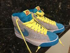 2009 Nike  Swoosh  Nice Clean