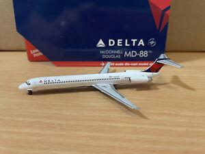 Delta MD-88 1:400 (Reg N903DE) GJDAL1791 Gemini Jets