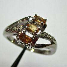 1740 - Aparter Ring mit Minas-Granat und weißem Topas aus 925 Silber - G2