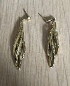9ct Gold Leaf Style Earrings Dangle Wear Or Scrap