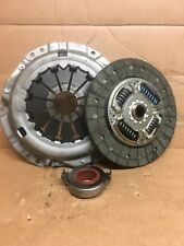 NEW AISIN 3 PIECE CLUTCH KIT FOR TOYOTA YARIS 1.4 D-4D KT339A KT-339A