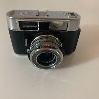 Voigtlander Vito Automatic II -- Rangefinder Camera -- 50mm f2.8 -- Leather Case