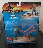 1995 WATERWORLD Wave Ripper w/ Warrior Mariner Action Figure MOC Kenner 90's toy