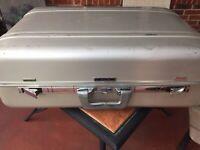 Zero Halliburton Vintage Suitcase 26'' x 9'' x 19''