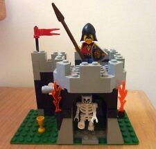 LEGO SET # 6036 SKELETON SURPRISE  (CASTLE ROYAL KNIGHTS ) 100% COMPLETE & RARE