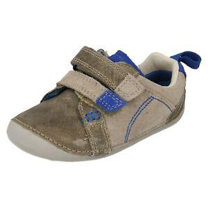 Niños Clarks Pequeño Suave Infantil Gancho Y Bucle Crucero First Caminar Zapatos