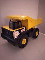 """Mighty Tonka 16"""" Dump Truck 768. XMB-975 Tires. 1999."""