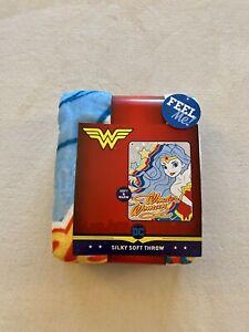DC Comics Wonder Woman Silky Soft Super Hero Throw Blanket (40in. X 50in.)