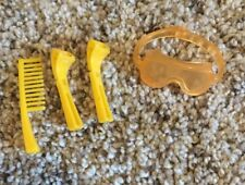 Lot Of 4 Ken Doll Accessories ~ 2 Razors , 1 Comb & Ski Goggles