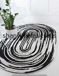 Oval Braided Rug White & Black Colour Handwoven 5x8 Feet Home Decor Floor Carpet