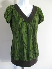 Maurices Size M Brown Green Short Sleeve Knit Blouse