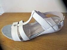 GEOX sandale cuir blanc NEUVE Valeur 110E Pointures 35,36,37,37.5,40