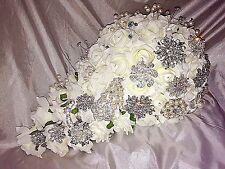 GORGEOUS BRIDAL BROOCH TEARDROP  WEDDING BOUQUET IVORY ROSES PEARLS AND DIAMANTE