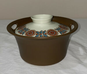 Figgjo Norge Flameware Casserole dish with lid Made in Norway