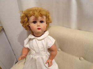 "Ancienne poupée ""Bella "" en rhodoÏd"