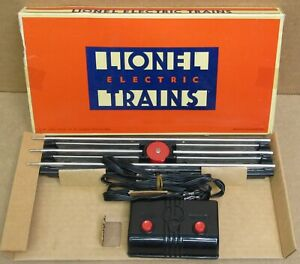 Lionel 6-5530 O-Gauge Operating Track Section w/Controller NOS