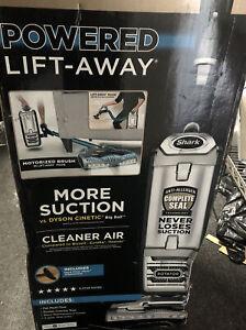 Shark Rotator Powered Lift-Away More Suction-Open Box 📦 Damaged Box 📦