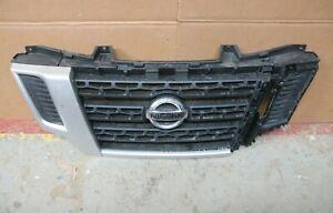1 GENUINE OEM NISSAN NV400 FRONT BUMPER GRILLE 62310-BZ50A
