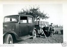 Portrait famille voiture ancienne Citroën Rosalie  - photo ancienne