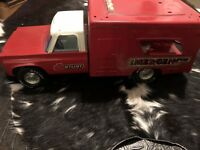 Nylint ~ Vintage Red Ambulance ~ for Parts or Restoration
