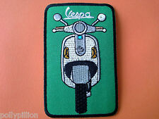 SCOOTER RALLY SEW ON / IRON ON PATCH:- VESPA SCOOTER GREEN & SILVER FRONT (d)