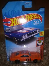 General Lee Dukes of Hazzard 69 Dodge Charger custom Hot Wheels super cool car--