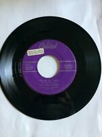45 RPM THE KING SISTERS CAPITOL F3713 PROMOTION STICKER 1957 VG++