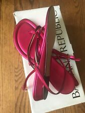 NIB Banana Republic Strappy Flat in Metallic Dark Pink, Size 6 1/2,Made in Italy