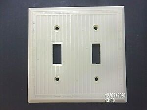 Vintage 2 Gang Ivory Switch Plate Ribbed with Deco Border