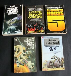 Five Sci Fi Mix Paperbacks . Very Good.- tight-bound with 1st editions. 6 photos