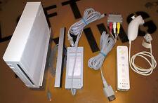 ## Nintendo Wii Konsole in weiß mit original Zubehörpaket - TOP ##