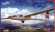 SZD 41 JANTAR standard sailplane / GLIDER 1/72 PZW (PZL)