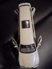 1/24 Donald Trump's Executive Collection Limo Maisto Die Cast