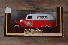 1938 CHEVORLET PANEL TRUCK  - TSC TRACTOR SUPPY - Truck Ertl 1938 Coin Bank 1:25