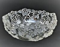 MIKASA CRYSTAL GLASS CARMEN FROSTED EMBOSSED CLEAR FLORAL BOWL