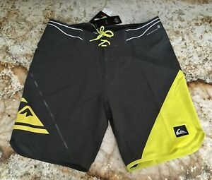"QUIKSILVER 19"" AG47 New Wave Bonded Dk Grey Board Shorts Trunks Mens Sz 36 38 40"