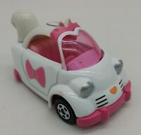 TOMY TOMICA Marie Aristocats cat kitty Tap Disney Pixar toy convertible car tw