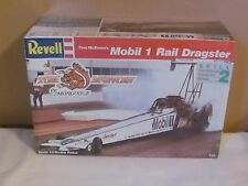 FACTORY SEALED REVELL TOM McEWEN MOBIL 1 TOP FUEL DRAGSTER 1/25 MODEL KIT # 7497