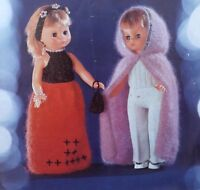 """Vintage Knitting Pattern For 18"""" Doll Clothes Skirt Top Trousers Cape Bag L557"""