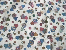 Little Quilts Sunbonnet Sue Toss Cotton Fabric on Cream BTHY Half Yd Cut Sew  10