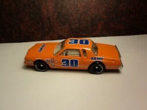 Winner's Circle 1:64 Earnhardt '76 #30 Army Monte Carlo Orange Loose Action