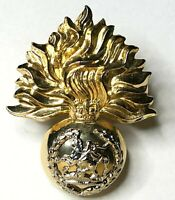 Royal Regiment Of Fusiliers officers Metal Cap Badge Silver Plate & Gilt Orig