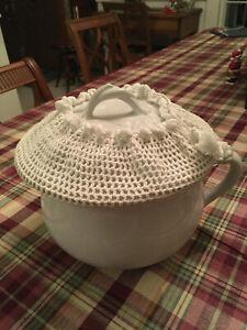VTG Chamber Pot, J&GMeakin Ironstone, doily covered lid,Wheat Berry Design,MINT