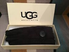 UGG BAILEY BLACK GLOVES, MEDIUM, BRAND NEW WITH BOX.