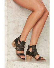 Kelsi Dagger Brooklyn Grant size 10 new in box nasty gal