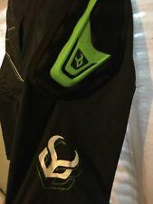 Demon Impact Shorts D3O MTB V2 2xl Snowboarding/Skateboarding Shorts