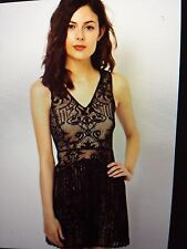 Warehouse Party Lace Sleeveless Dresses for Women
