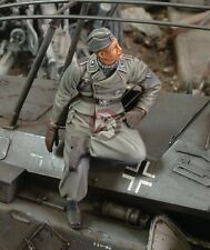 Royal Model 1/35 Obergefreiter German Senior Lance-Corporal in Russia 1943 144